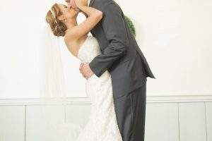 https://cozycaterers.com/wp-content/uploads/2016/11/Jamie-Travis-Wedding-Photographer-s-Favorites-0151-300x200.jpg